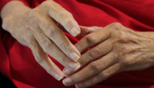 A look at why cold weather can make joint pain worse