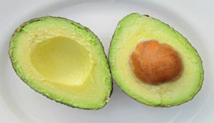 How to make a healthy mask for your skin with avocado
