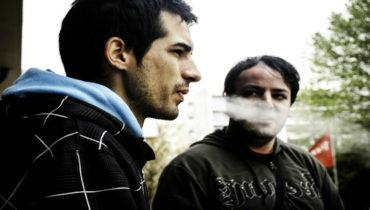 It appears e-cigarettes are less additive than tobacco cigarettes