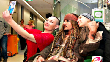 Johnny Depp give sick children memories to cherisheris